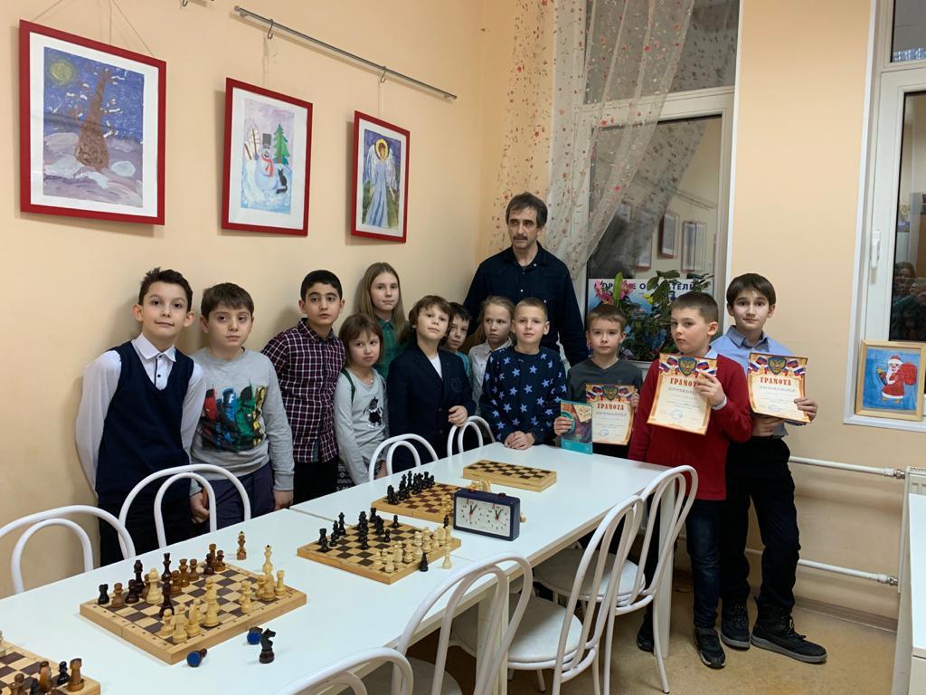 Секция «Золотая ладья» шахматы/шашки